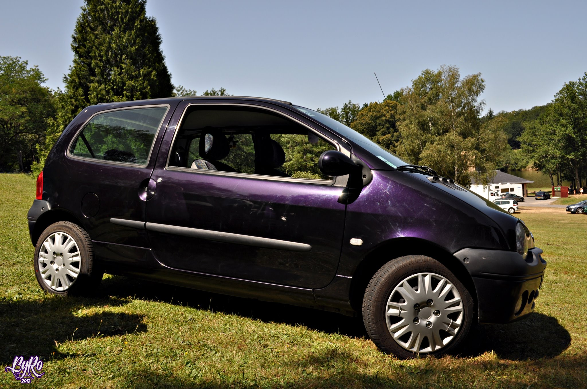 Twingo de Dark Purple